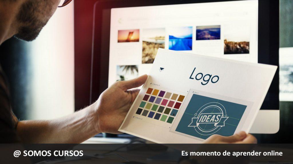 diseñador creando logo